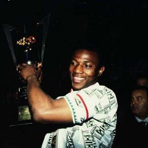 A younk Keshi with Afcon94-Caf-300