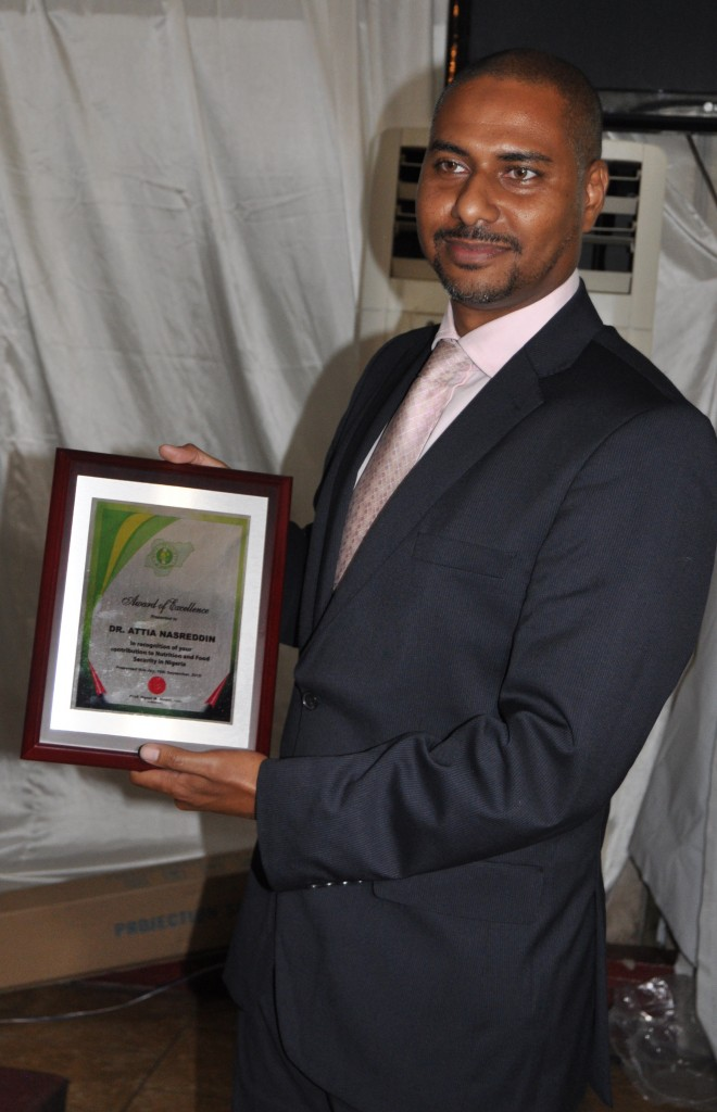 Executive Director NASCO Group Mr. Idris Nasreddin displays plaque of NSN Award of Excellence conferred on NASCO CEO