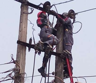 PHCN-staff-electrocuted-while-cutting-down-colleague-s-dead-body