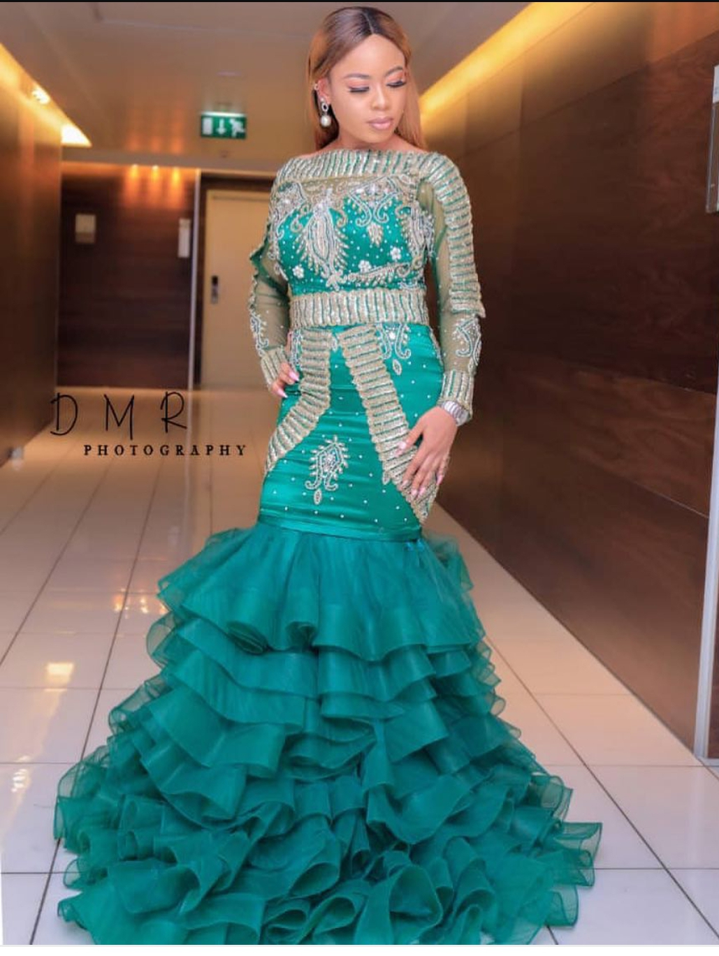 Looking attractive in evening gowns - Online Entertainment and ...