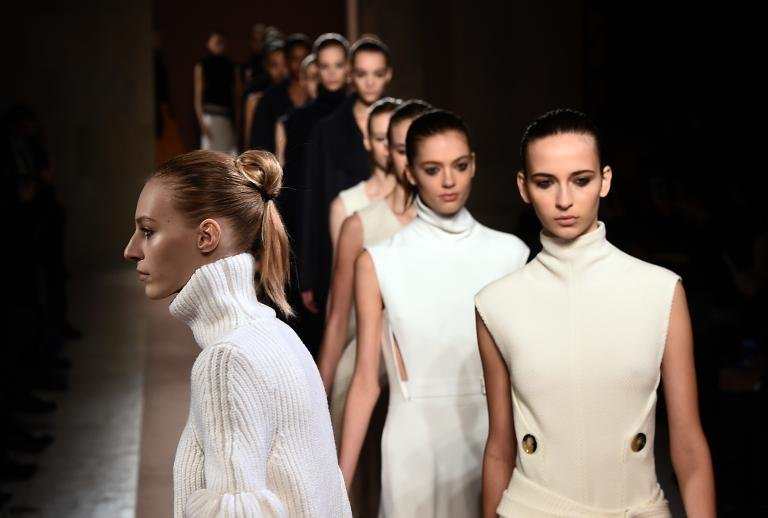 afp-victoria-beckham-to-expand-fashion-line-to-asia
