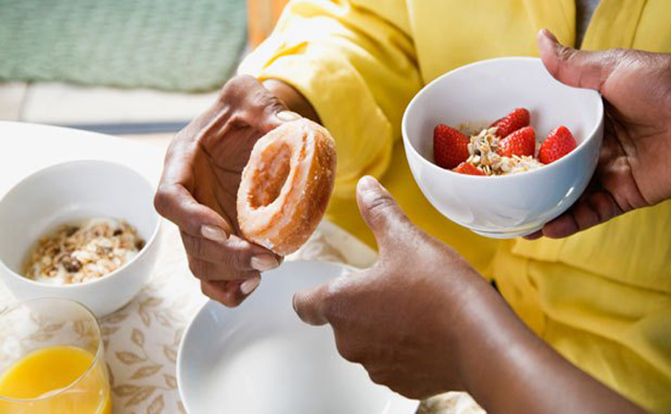 changing eating habits among teenagers Eating and eating habits in teenagers as teenagers grow and develop, it's normal for them to start eating a lot more  your child's body is going through a major growth spurt and extra food provides extra energy and nutrients to support this.