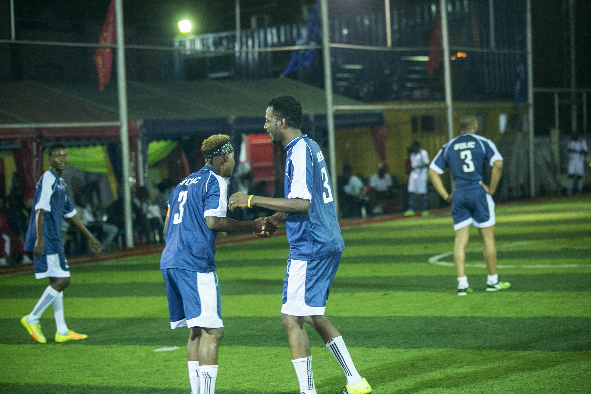 players-on-the-pitch-2
