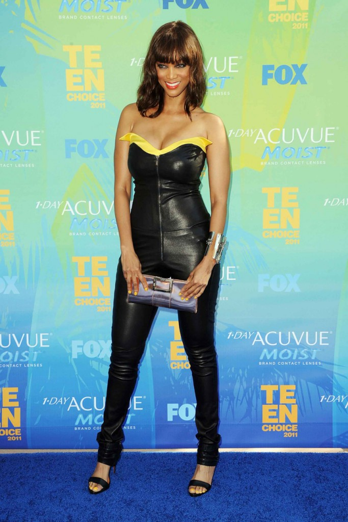 UNIVERSAL CITY, CA - AUGUST 07:  TV personality Tyra Banks arrives at the 2011 Teen Choice Awards held at the Gibson Amphitheatre on August 7, 2011 in Universal City, California.  (Photo by Steve Granitz/WireImage) 120618545